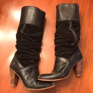 Vintage Dingo High Top Leather Boots. Size 7M